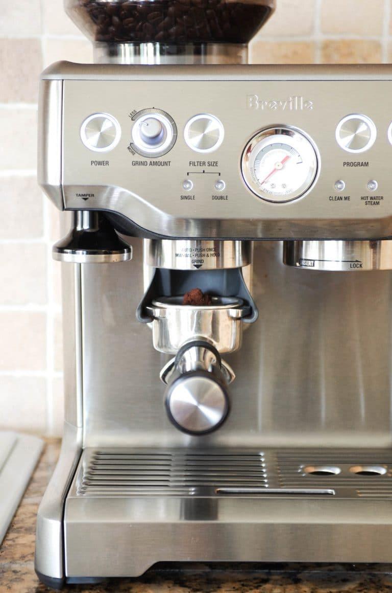 Breville Barista Express grinding espresso