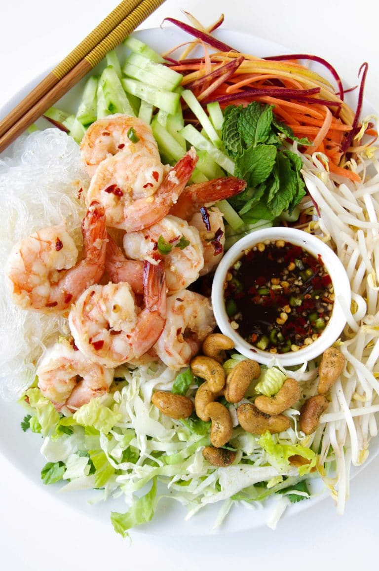 overhead image of Vietnamese Garlic Prawn Noodle Salad on plate